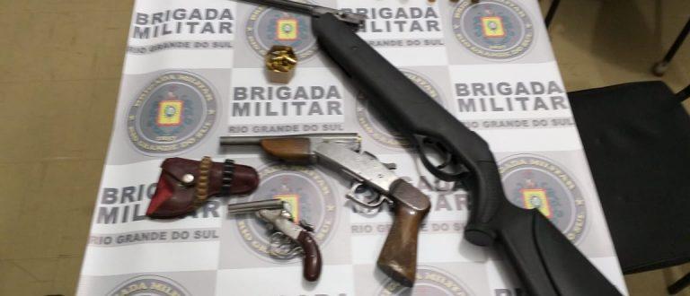 Brigada recolhe armas e munições no Bairro Bom Retiro