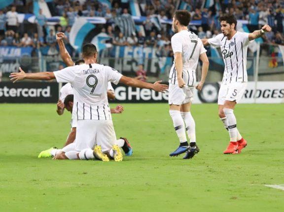Libertadores: Grêmio perde em casa para time paraguaio