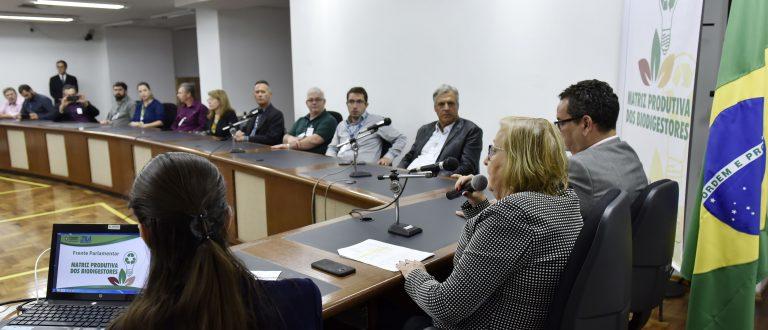 Zilá Breitenbach comanda debate sobre biodigestores