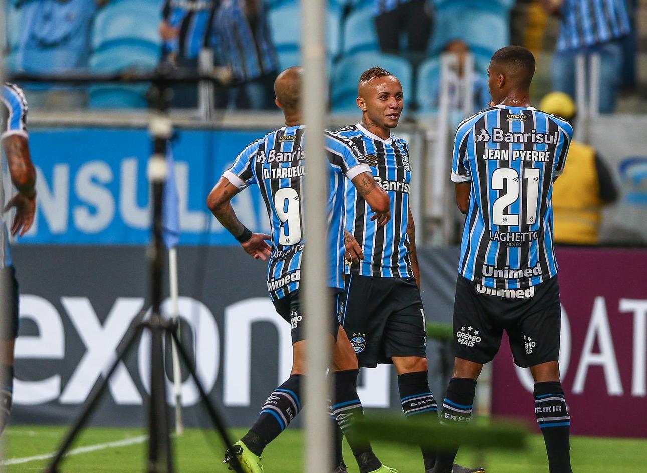 adda532c0061b Resultados da rodada foram positivos para busca de vaga   Foto  Grêmio