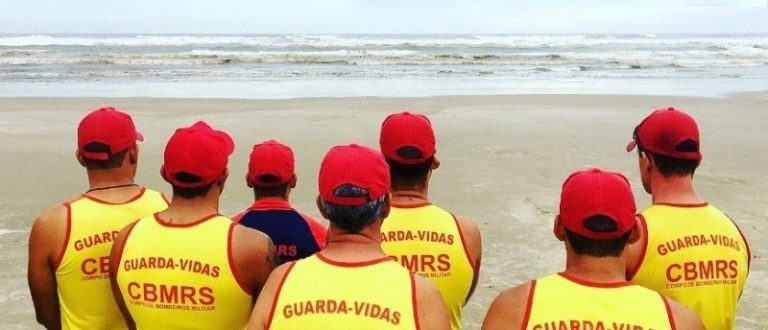 Estão abertas inscrições para 600 vagas de guarda-vidas temporários