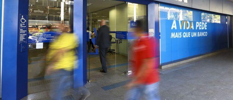 Bancos terão horário especial nesta terça-feira