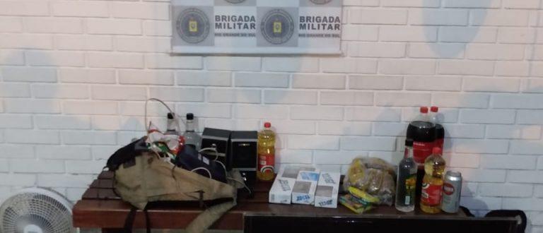 Brigada prende ladrões e recupera objetos furtados