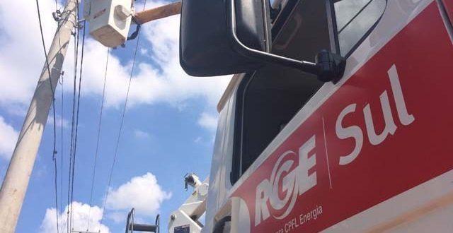 RGE diz que ponte quebrada dificulta acesso à região do Irapuazinho