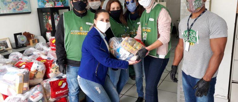 Empresa doa 155 cestas básicas ao Mesa Brasil