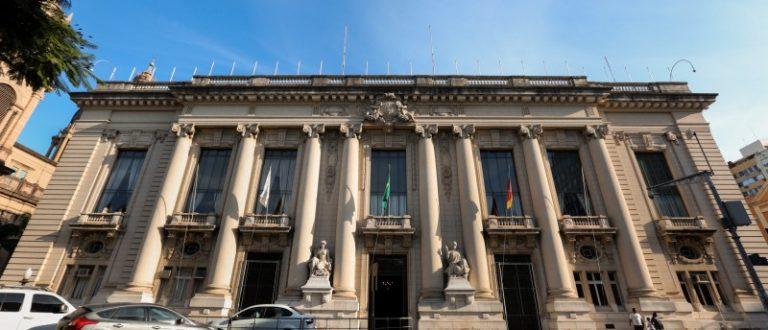 Governo do RS paga salários de julho nesta sexta-feira, dia 30