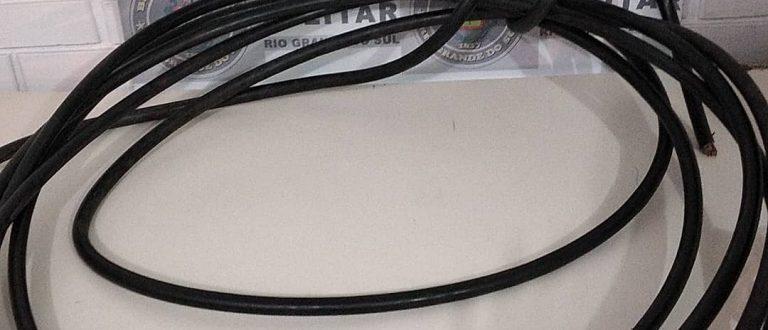 Brigada prende homem por furto de cabo de fibra ótica