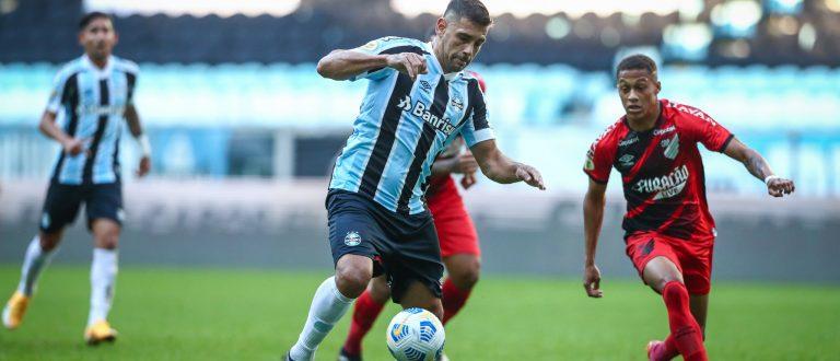 Grêmio é superado pelo Athletico por 1 a 0, na Arena