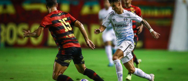 Grêmio é lanterna do Brasileirão, após derrota para Sport