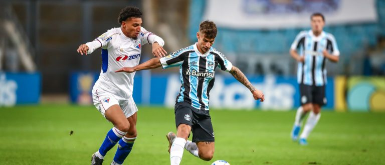 Grêmio e Fortaleza empatam sem gols na Arena
