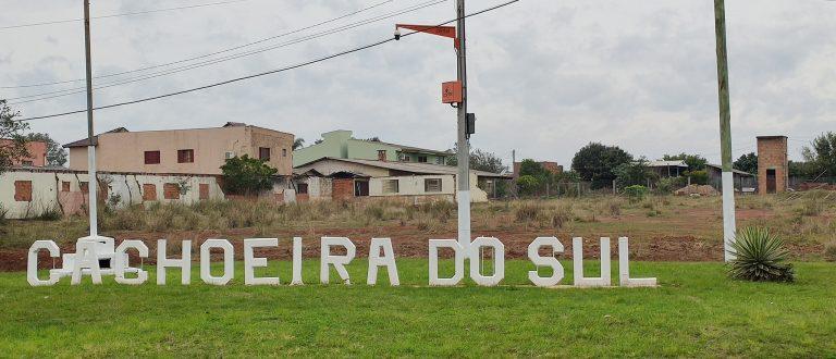Protesto contra Bolsonaro: BM retira cruzes de trevo