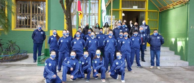 Escola Dinah Néri visitou a escola cívico-militar de Bagé