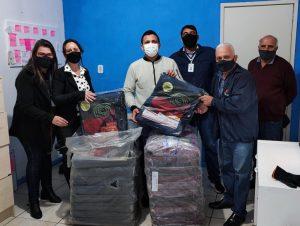 Elevato doa 50 cobertores à STAS