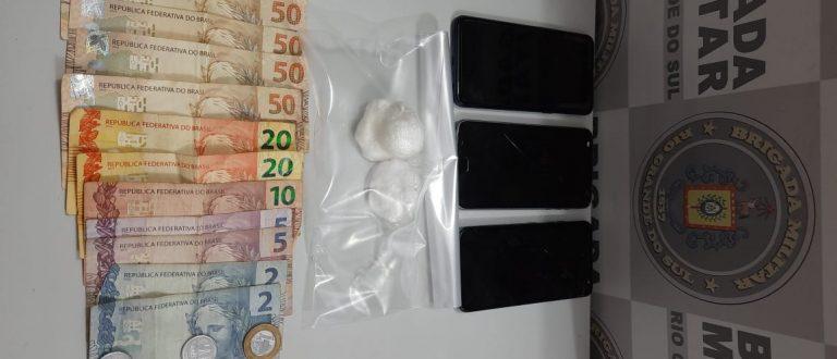 Piquiri: BM prende quatro por tráfico de drogas