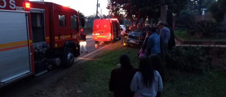 Bombeiros socorrem vítima de acidente na V. da Charqueada