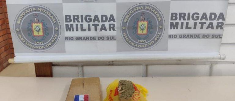 BM apreende quase 1 quilo de maconha no Santo Antônio