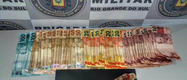 Maconha e R$ 1 mil: jovem é preso no Bairro Marques Ribeiro