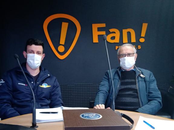 """""""O Produtor Rural no Rádio"""" da Fan FM debate aviação agrícola"""