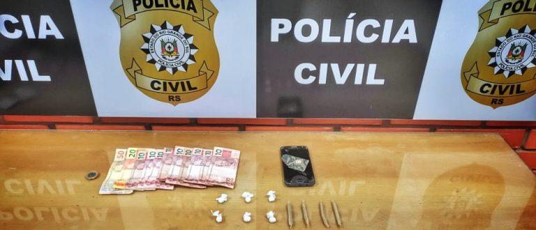 São José: Polícia detém mulher com maconha, cocaína, dinheiro e celular