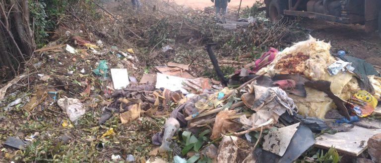 Funcap: Meio Ambiente e Obras limpam lixão clandestino