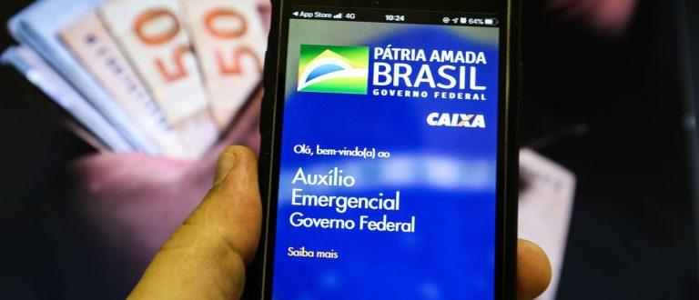 Quinta parcela do auxílio emergencial é paga para nascidos em julho