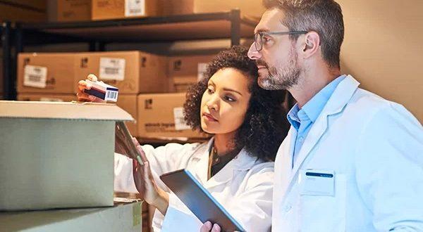 Como é realizado o procedimento de transporte de medicamentos?