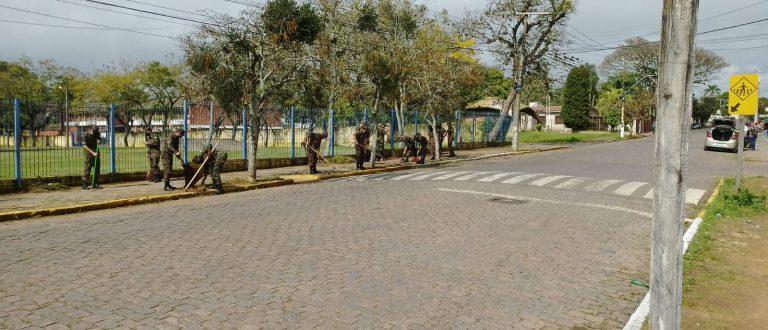 Mutirão acelera limpeza e preparativos para 21ª Fenarroz