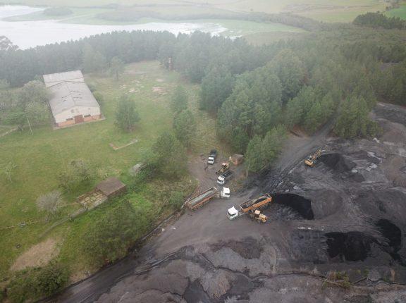 Piquiri: Secretaria de Meio Ambiente apura denúncia de extração irregular de carvão