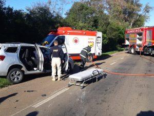 Quatro pessoas ficam feridas em acidente na BR-290