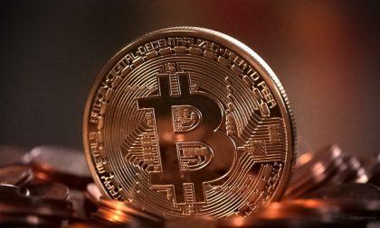 El Salvador se torna primeiro país a adotar bitcoin como moeda legal