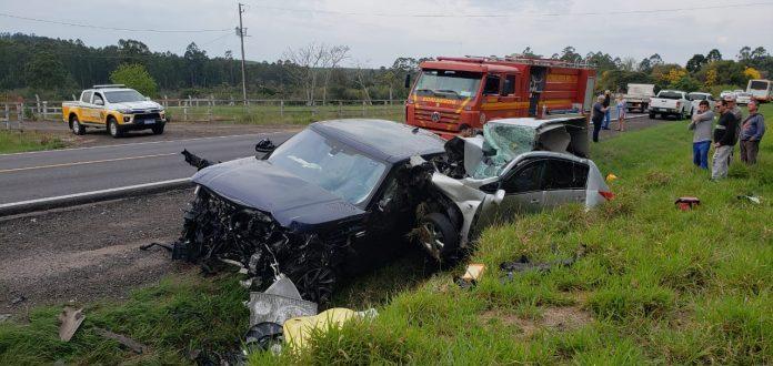 Range Rover de Restinga Sêca colide em acidente com duas mortes na RSC-287