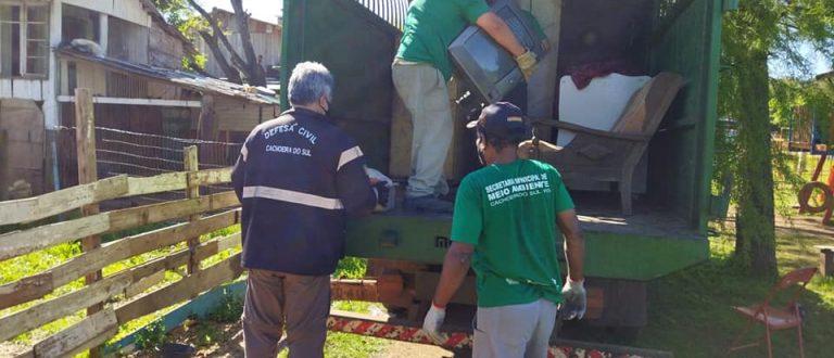 Cheia do Jacuí: Defesa Civil remove quatro famílias