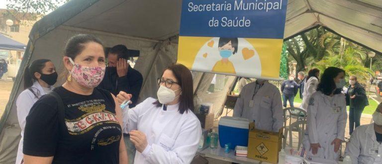 Feira da Saúde reuniu vacina, atendimento e prevenção na praça