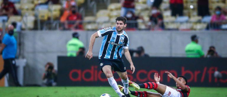 No aniversário, Grêmio perde de novo e é eliminado