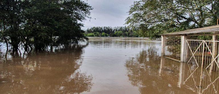 Águas do Jacuí sobem e Defesa Civil fica em alerta em Cachoeira